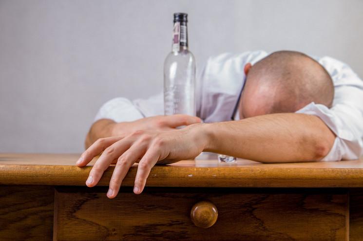 """Третина населення Росії – """"тихі"""" алкогол…"""
