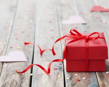 ТОП-5 порад, як обрати подарунок на День Святого Валентина — превью