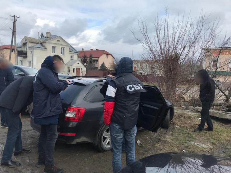 На Львівщині СБУ затримала поліцейських…