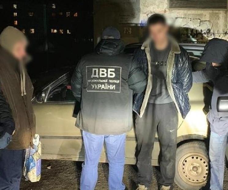 У Микоалєві патрульні поліцейські торгув…