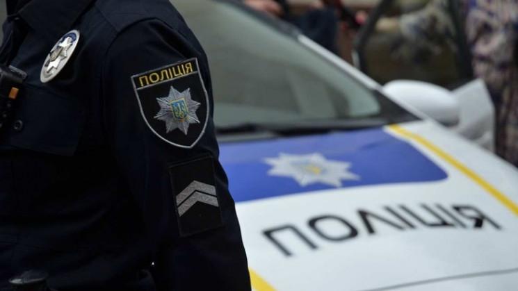 В Харькове задержали копа, который откры…