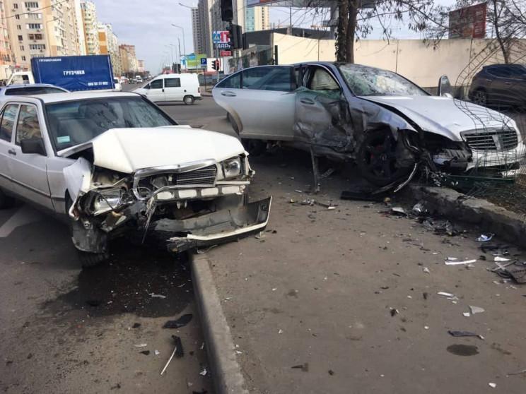 Внаслідок аварії на Котовського постражд…