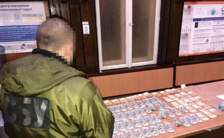 На Буковині СБУ викрила корупційну схему…