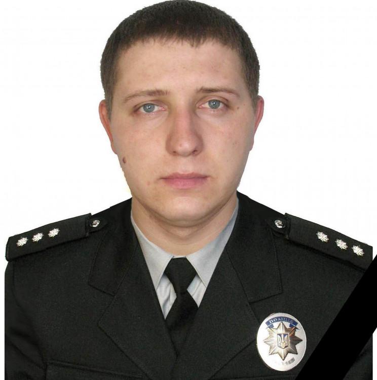 У Жовківському районі 26-річний поліцейс…