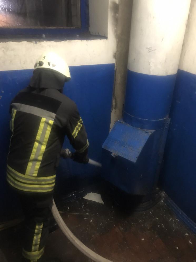 В Кропивницком горел мусоропровод в мног…