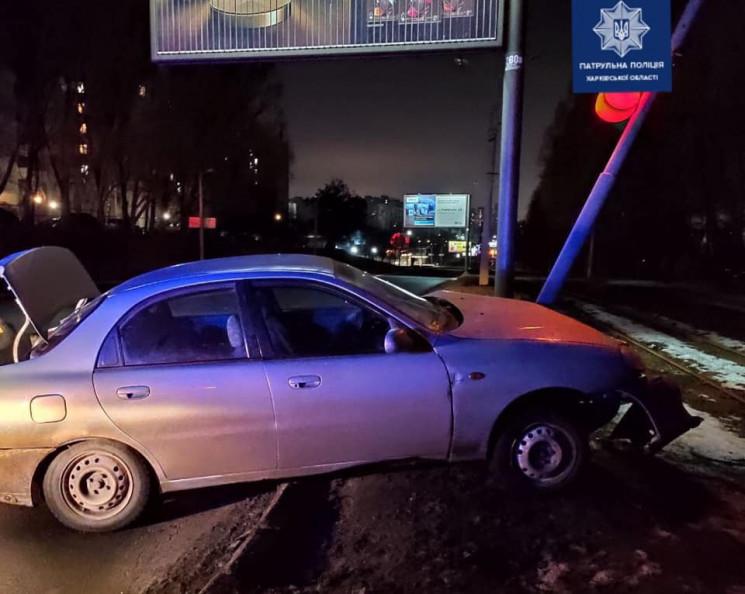 В Харькове водитель под наркотиками прот…