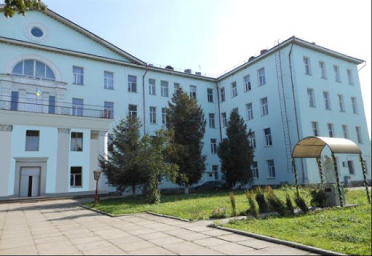 У лікарні Червонограда помер працівник…
