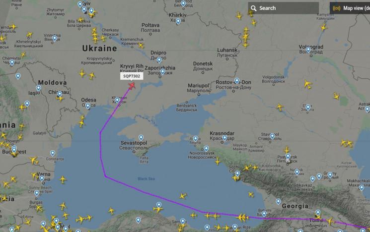 Самолет с эвакуированными из Китая украи…