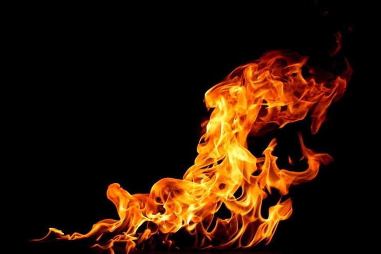 На Харьковщине из горящей пятиэтажки эва…