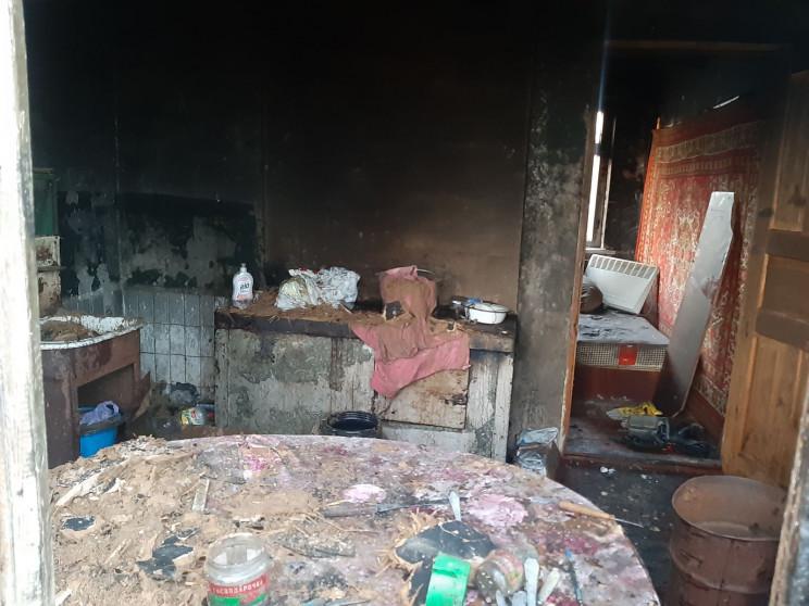 На Харьковщине в огне погибли отец и сын…