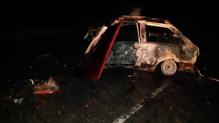 У Лубенському районі авто загорілося піс…