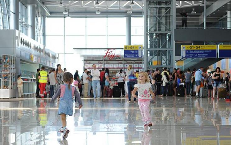 У харківському аеропорту скасовані кільк…