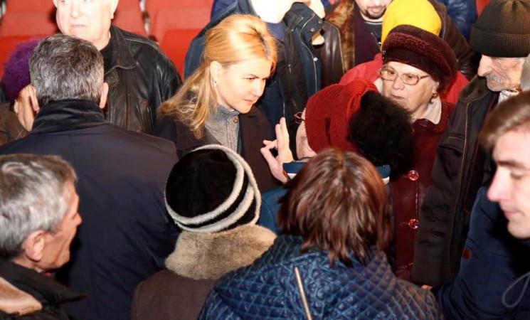 На Харківщині люди ображені спробами вла…