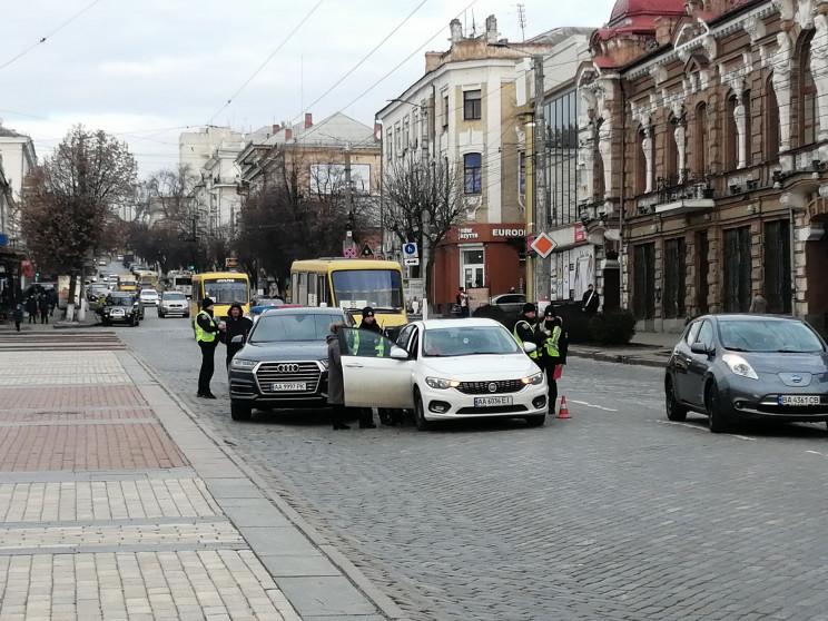 Напротив главной площади Кропивницкого п…
