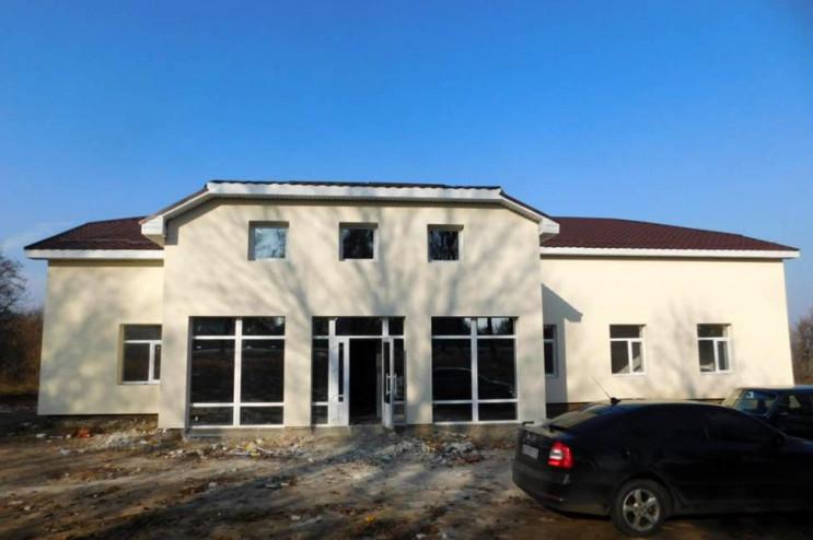 У селі Тростянецького району збудували н…