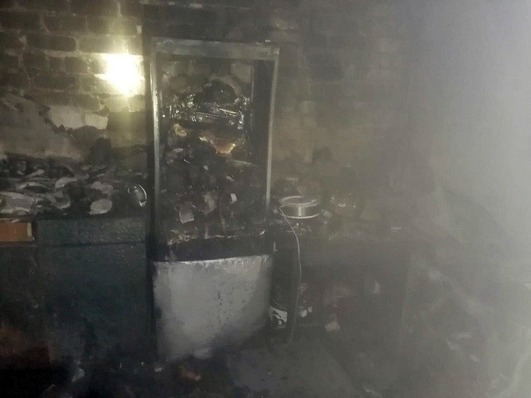 В Павлограде спасатели выносили детей из…