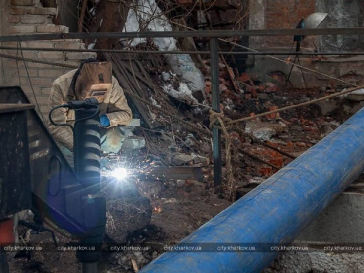 В шести районах Харькова прикрутили водо…