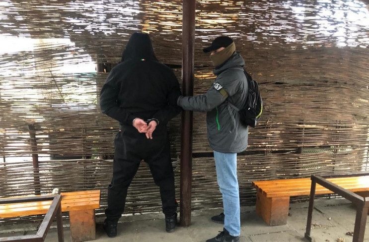 У Дрогобичі затримали рекетирів (ФОТО)…