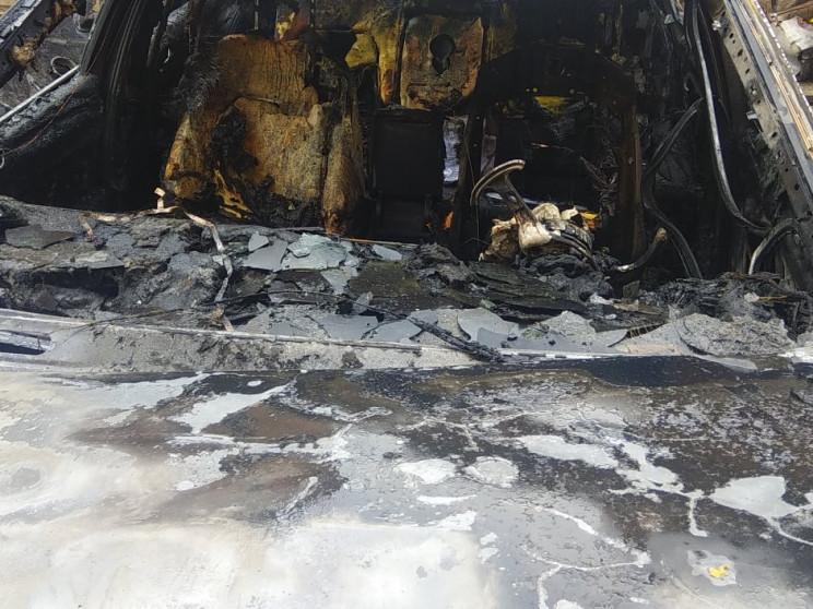 На Полтавщині посеред автодороги спалахн…
