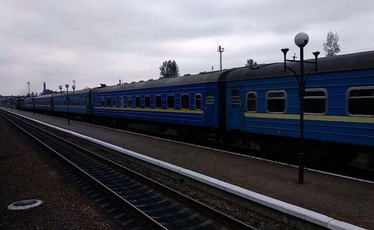 Прикарпатські потяги вже зношені майже н…