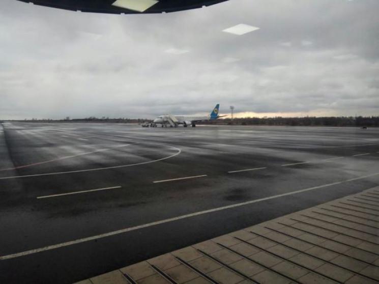 Запорізький аеропорт готовий приймати па…