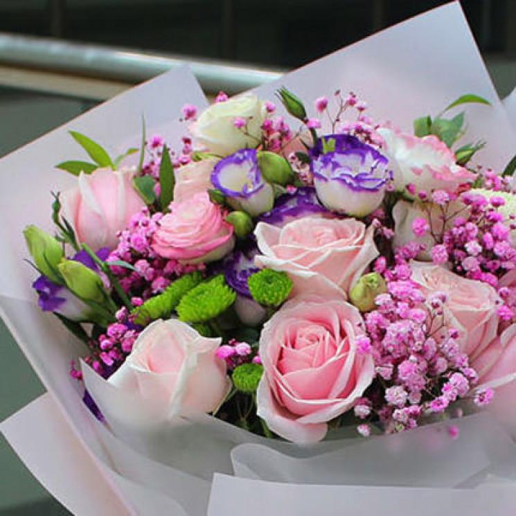 У Хмельницькому можна доставити квіти вп…