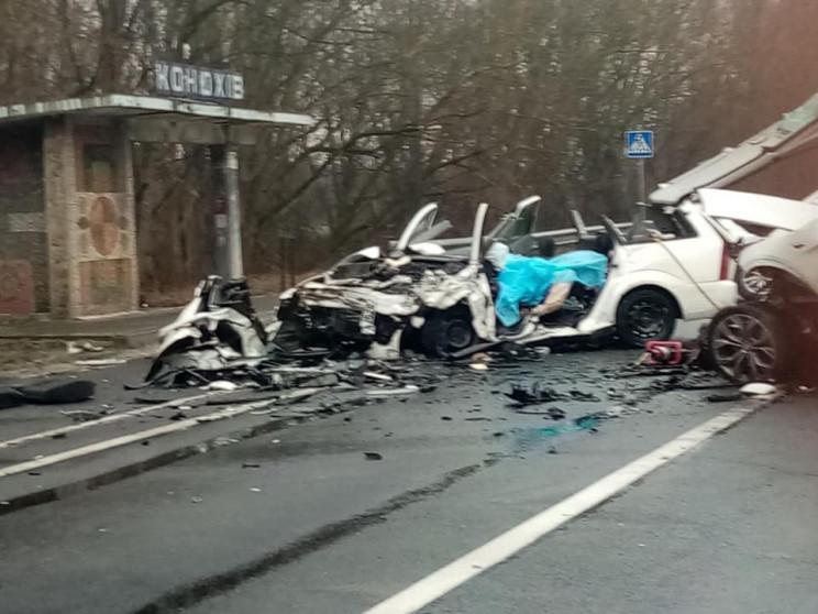 На Львівщині у жахливій аварії померло д…