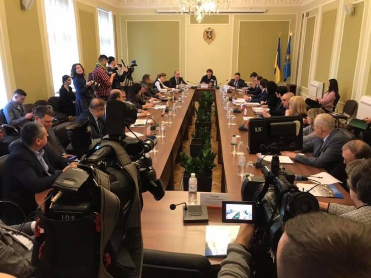 Голова Львівської облради подякував акти…