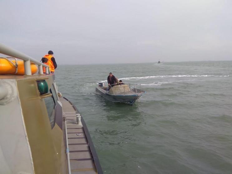 Рыбаки, которых россияне задержали в акв…