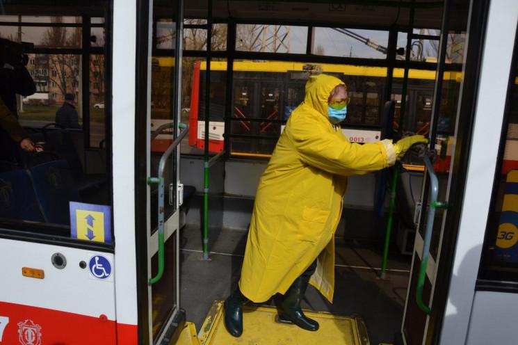 Одеські тролейбуси почали активно дезинф…