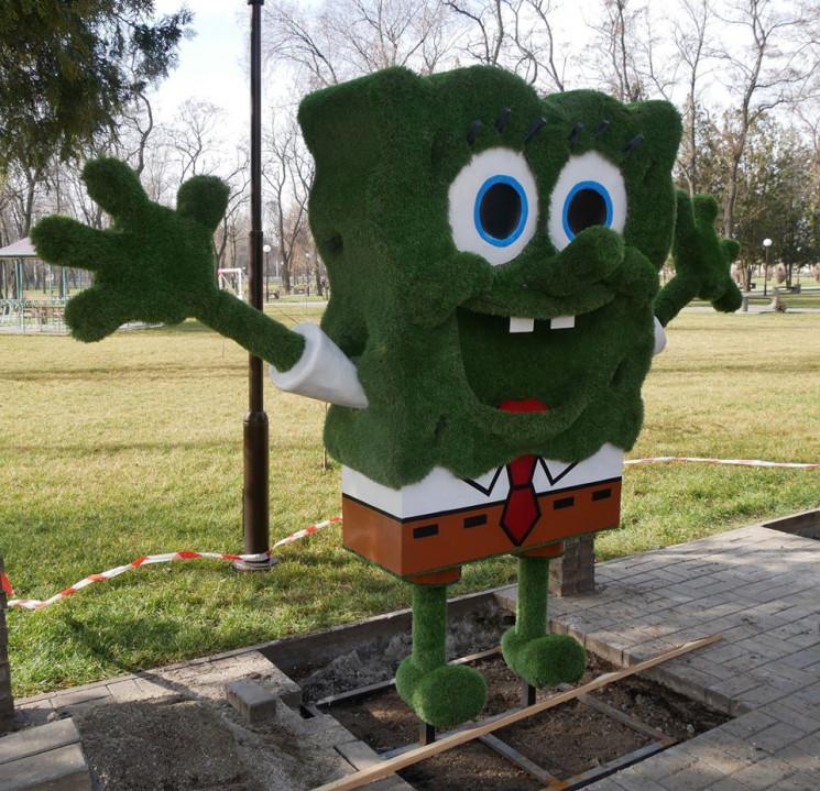 Велетенського зеленого Спанч Боба встано…