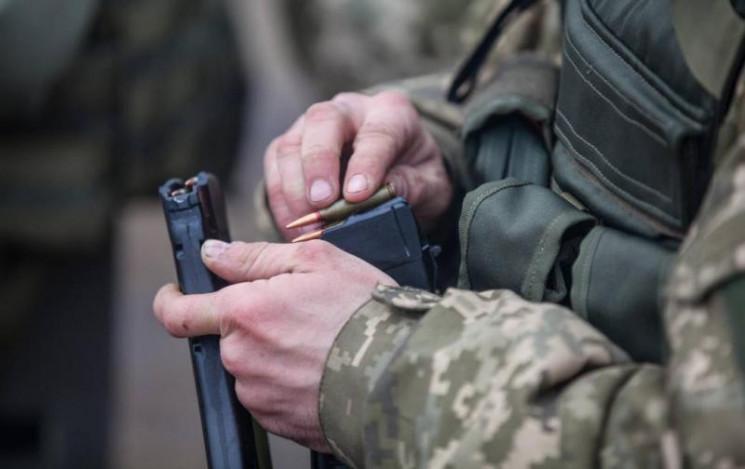 На Хмельниччині застрелився військовослу…