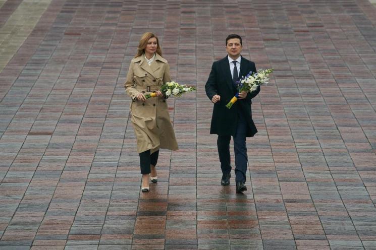 Зеленський з дружиною вшанували пам'ять…