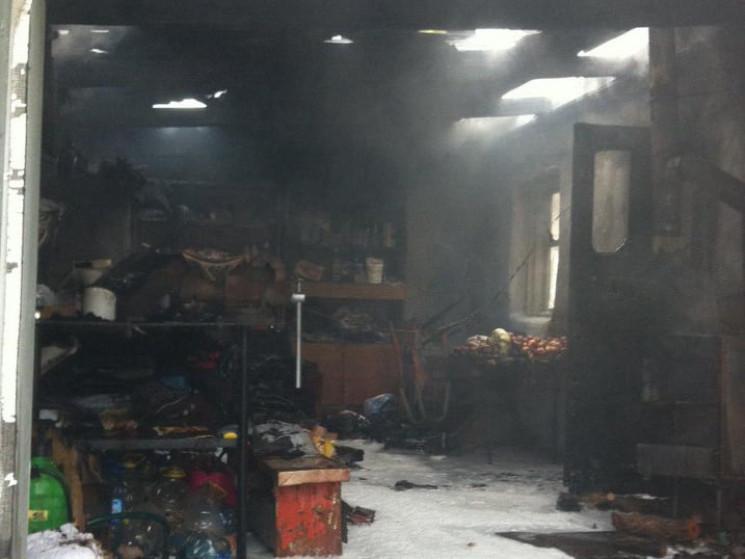В Николаеве спасли жилое здание от горящ…