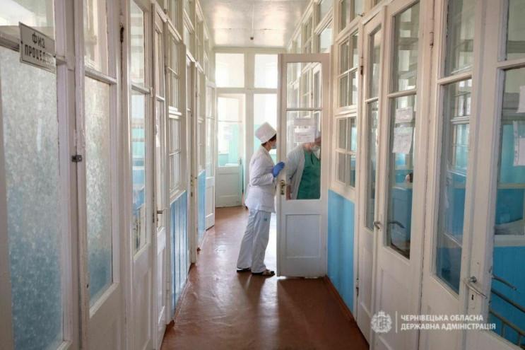В Украине подтвердили еще два случая кор…