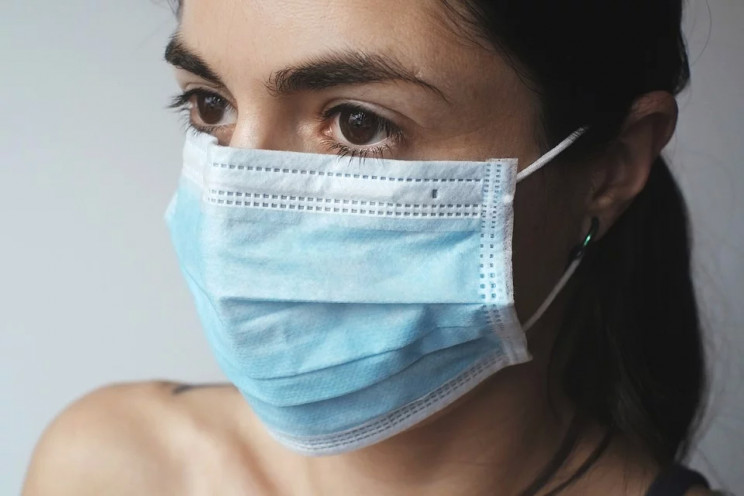 Куда попадают выброшенные медицинские маски