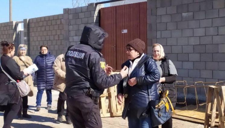 Беспокойная Затока: Местные протестуют п…