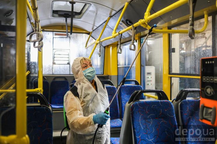 Видео дня: Первая жертва коронавируса в…