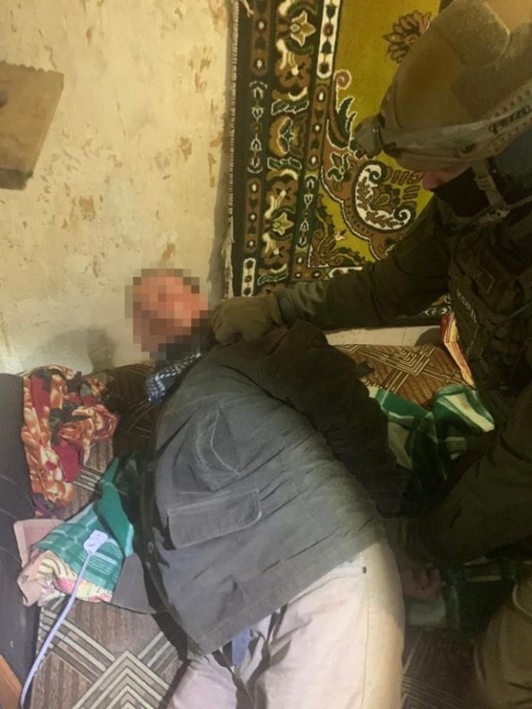На Луганщині нападник вистрілив і порани…