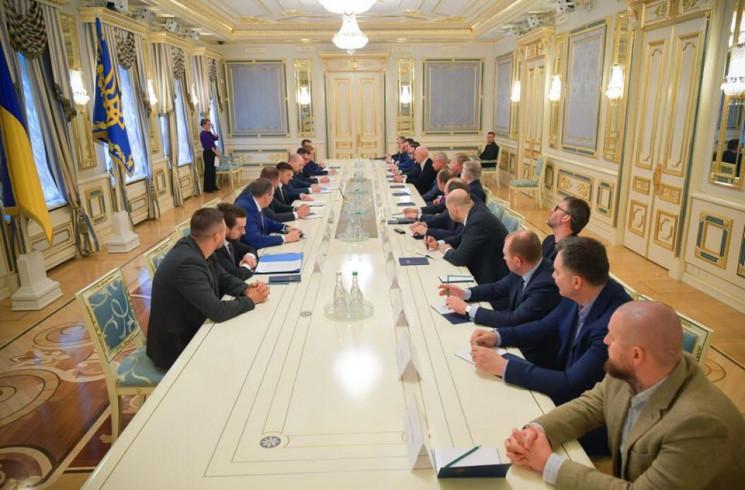 Одеські олігархи зустрілися із Зеленськи…