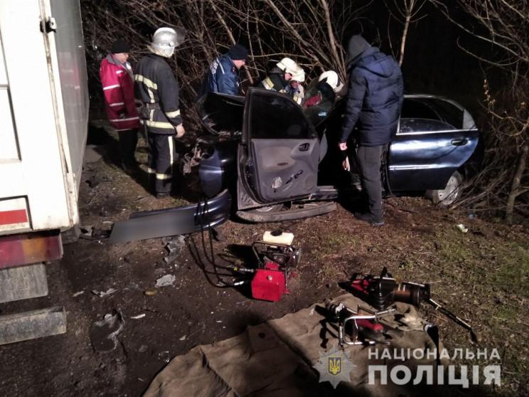На Николаевщине столкнулись грузовик и л…
