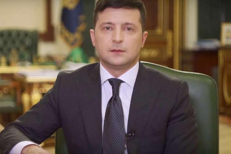 Зеленський у серіалі: Як президент борет…