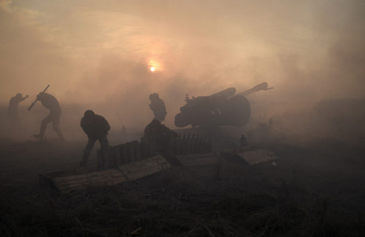 Боевики дважды обстреляли участок развед…