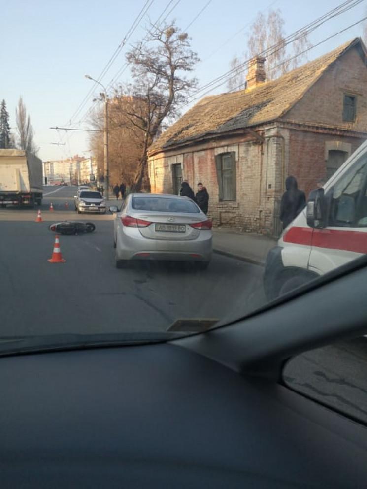 На Київській іномарка збила двох юнаків…