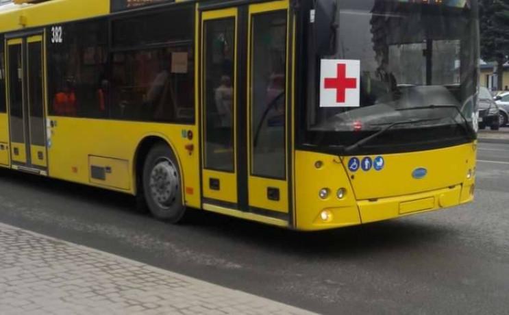 У Чернівцях тролейбуси перевозять лише м…