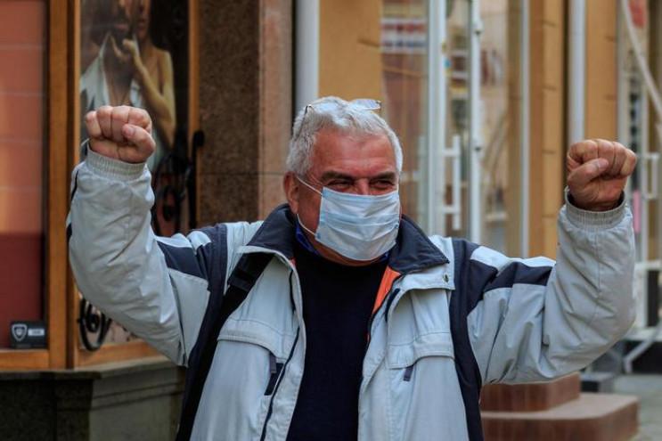 Від коронавірусу померли вже шість украї…