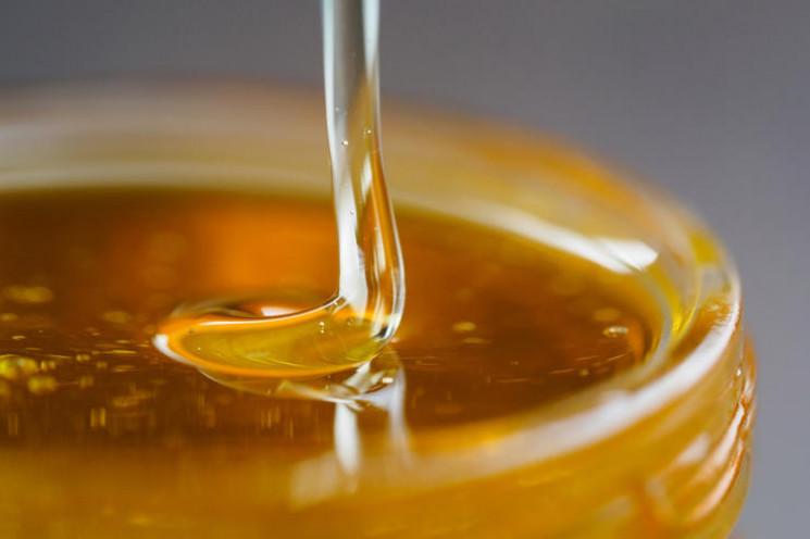 На Харківщині виготовляли мед з антибіот…