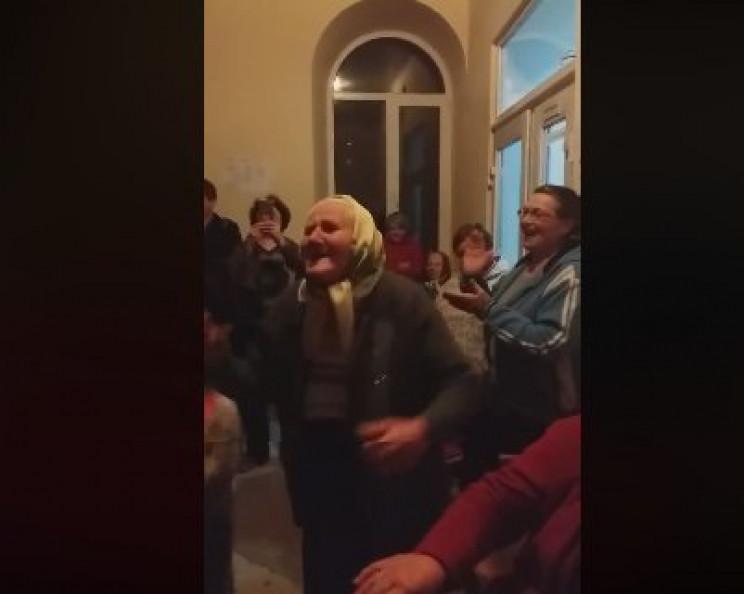 """""""Я - дівчина молода"""": На Тернопольщине 9…"""