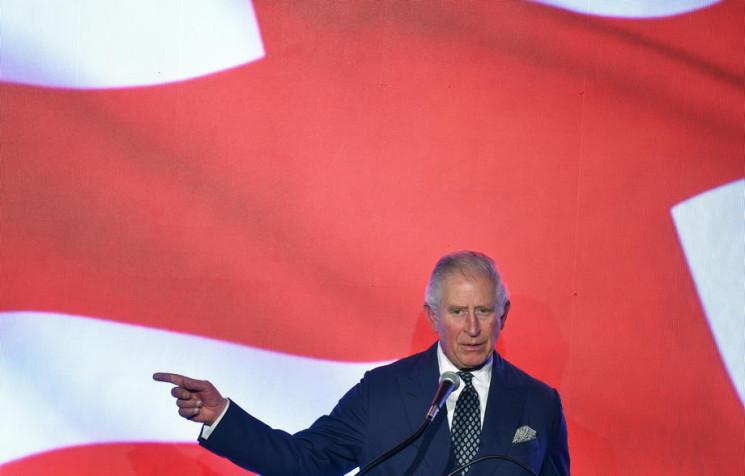 Видео дня: Принц Чарльз - тоже с коронав…