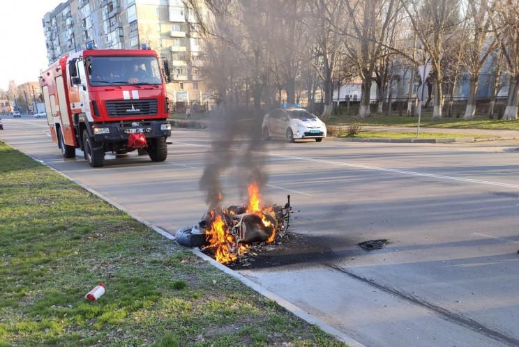 В Олександрії згорів скутер, а в Кропивн…